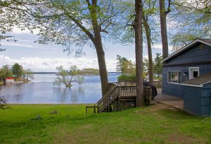 Cottage for sale on the River